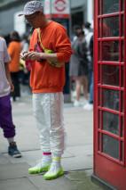 Fashion week street style men