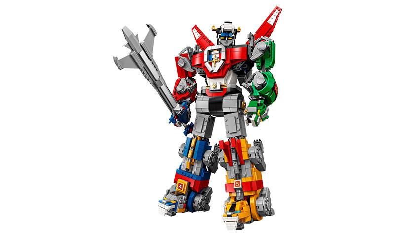 LEGO Debuts 2,321-Piece 'Voltron: Legendary Defender'