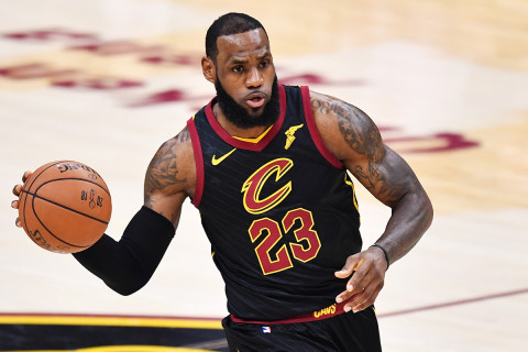 LeBron James early season favorite for MVP