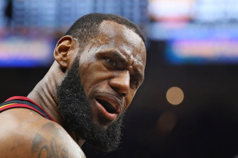 LeBron James pens $154m Lakers deal