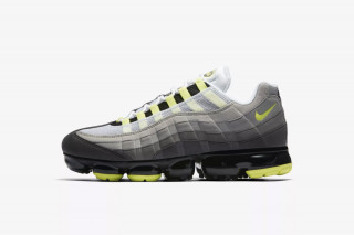 2b97ff3607 ... official store how to cop nikes neon tinted air vapormax 95 in europe  today 006b5 0323f