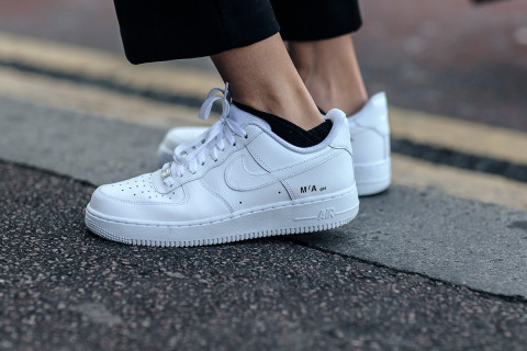 detailed look 0729f 618d8 The 10 White Sneakers Every Woman Needs In Her Rotation