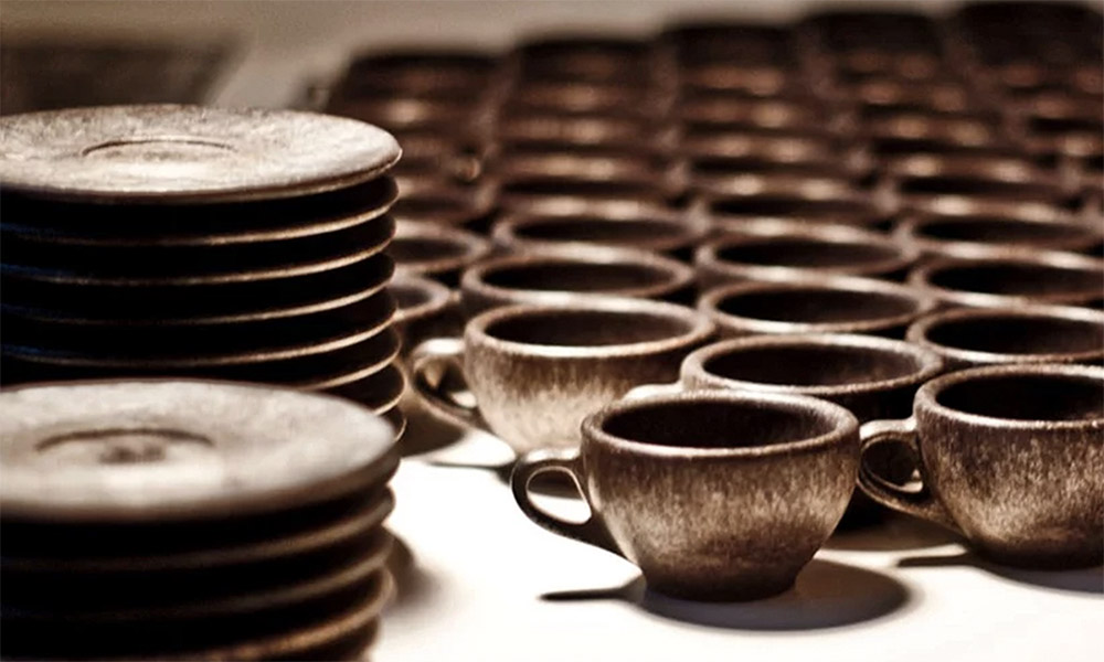 These Coffee Mugs Are Made From Recyclable Coffee Grounds