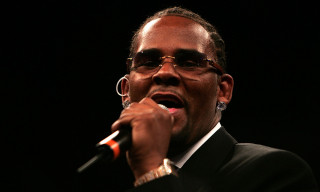 """R. Kelly Addresses Sexual Misconduct Allegations on 19-Minute Track """"I Admit It"""""""
