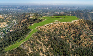 Beverly Hills Mountaintop on Sale for Record $1 Billion
