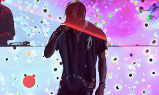 "Watch Travis Scott Perform ""Carousel"" & ""Sicko Mode"" for the First Time"