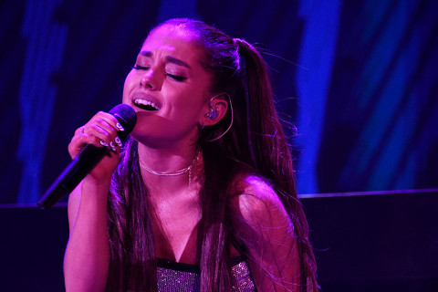 Ariana Grande Drops New Album Sweetener Amp You Can Stream