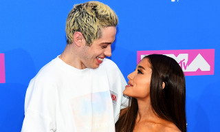 "Ariana Grande Defends Pete Davidson Over Insensitive ""Butthole Eyes"" Comment"