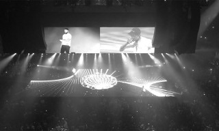 "Travis Scott Drops Live Performance Video of ""Sicko Mode"" With Drake"