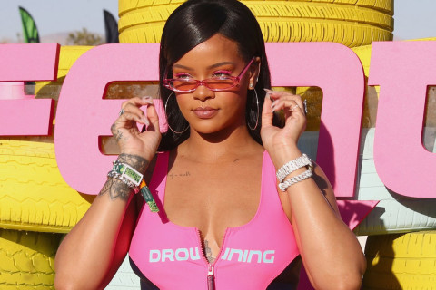 Rihanna Says New Music Is 'Coming'