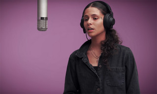 "Watch 070 Shake's Intense ""I Laugh When I'm With Friends But Sad When I'm Alone"" Performance"