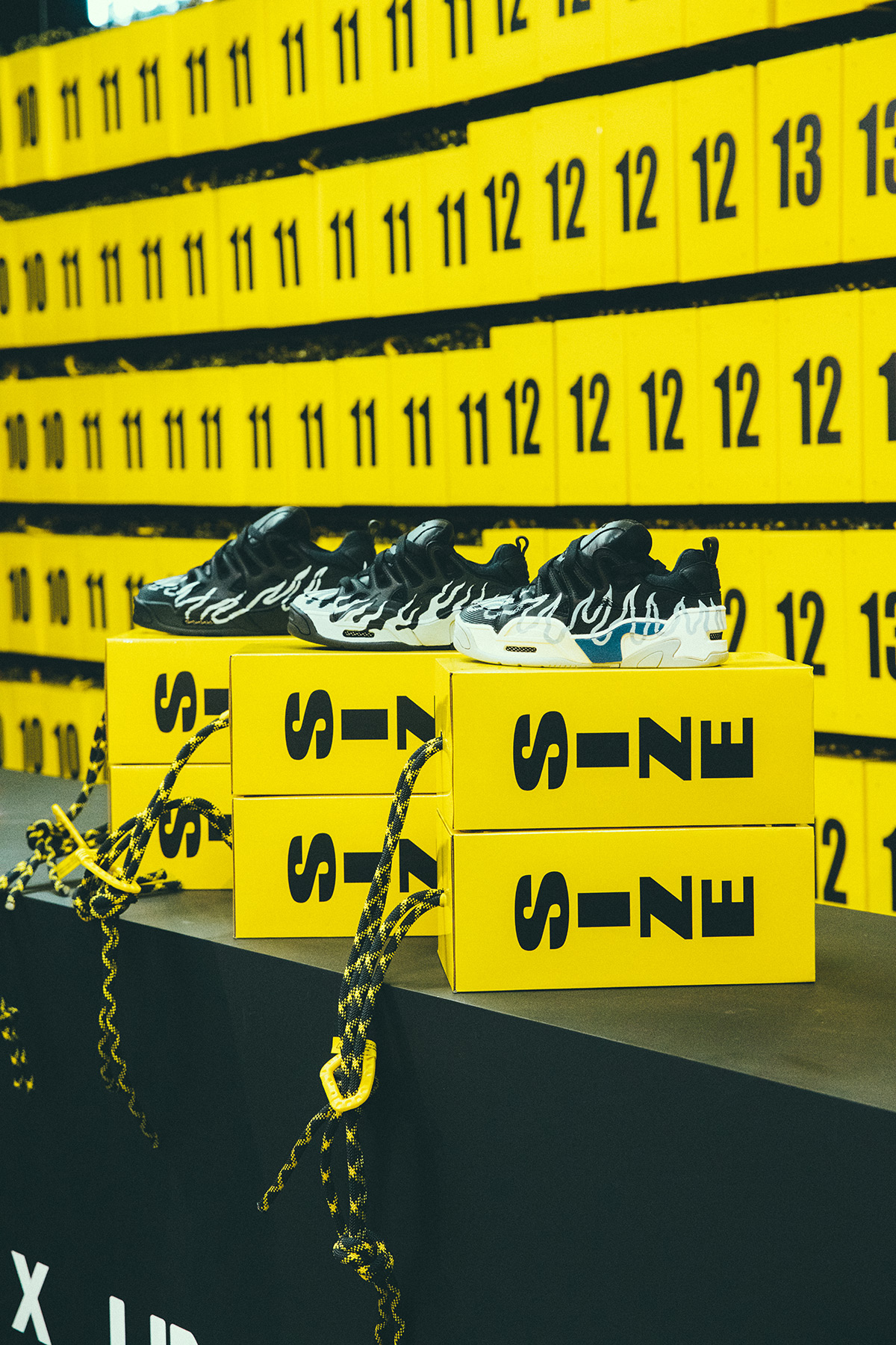 sugerir mi comprador  A$AP Rocky Taps Dave Mayhew for a Purposefully Polarizing Under Armour  Sneaker – Celebrity Best News