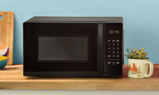 Amazon's Alexa-Enabled Microwave Comes with an Auto Popcorn Replenishment Function