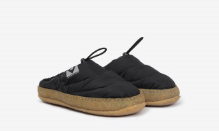These Maison Margiela Puffer Slides Are the Epitome of Cozy