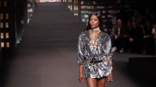 daa1d655f2 Industry Experts Weigh in on H M   Moschino s New York Runway Show