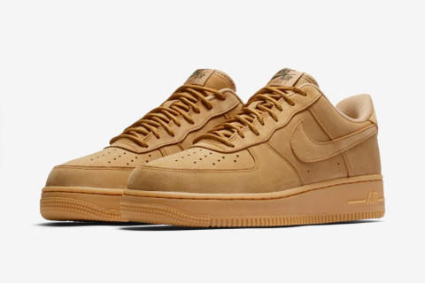 "Nike Just Re-Issued Its Fall-Friendly ""Wheat"" Air Force 1 5b2f0aa24a"