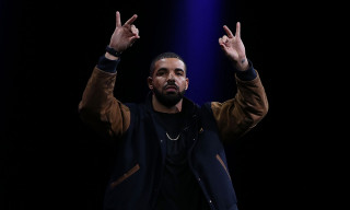 "Drake Dominates Apple's ""Best of 2018"" Global Music Charts"
