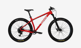Supreme Unveils Its Santa Cruz Mountain Bike