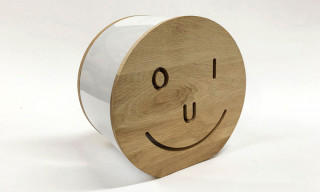 "Pieter Ceizer's ""YES/OUI"" Lamp Is Perfect for the Modern Home"