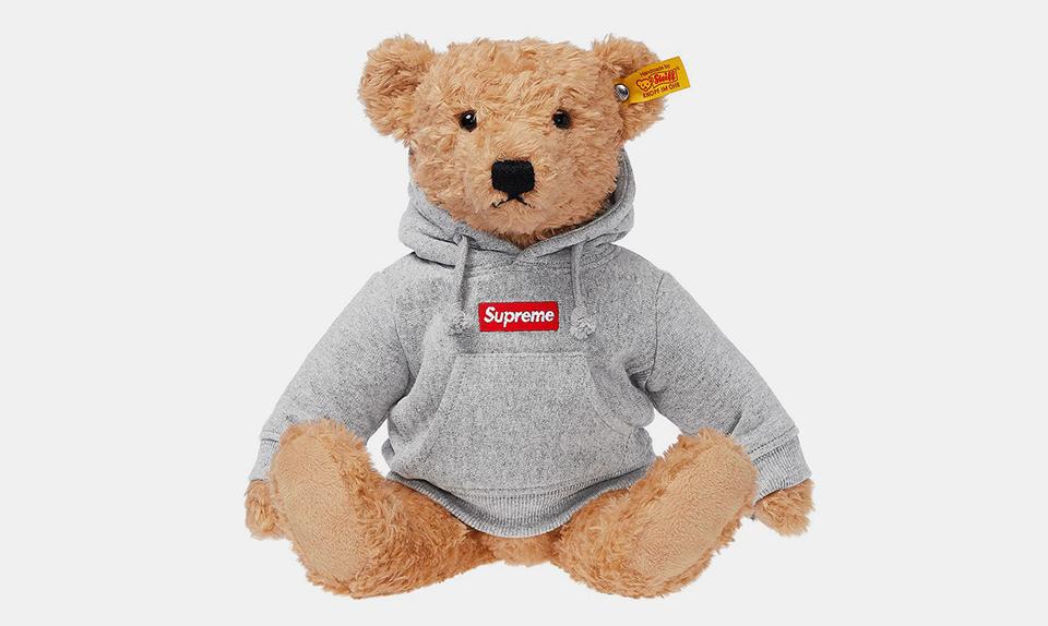 supreme x steiff bear release date more info. Black Bedroom Furniture Sets. Home Design Ideas