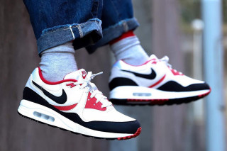 Nike Air Max Light Returns in Original  80s Colorway 4fab9c2f4
