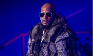 R.Kelly Under Investigation by Prosecutors in Chicago and Atlanta