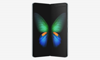 Samsung's $2,000 Foldable Phone Features the World's First Dynamic AMOLED Infinity Flex Display