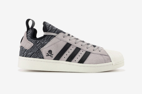 sports shoes 5cc5e 37d9d BAPE x NEIGHBORHOOD x adidas Originals Superstar Boost