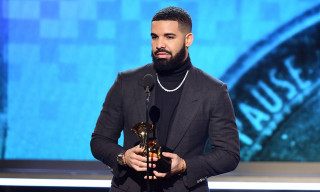 Drake Surpasses Post Malone & Ariana Grande as Bestselling Artist of 2018