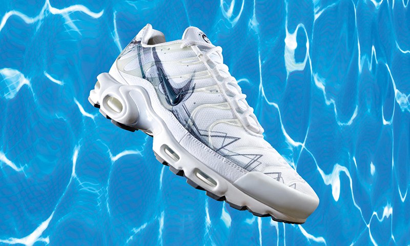 best website 47a43 a01f0 Brand  Nike Model  Air Max Plus La Requin Key Features  Dorsal fin-style  extension of the Swoosh, graphics referencing a shark s body, shark jaw  logo on the ...