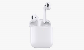 New Apple AirPods Have a Wireless Charging Case & Longer Battery Life