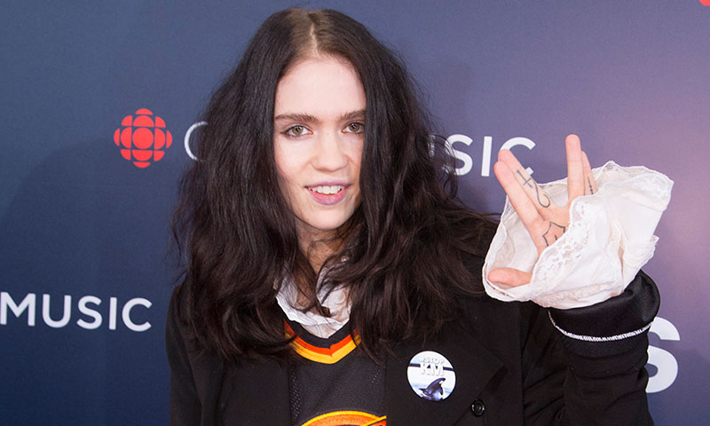 """Grimes Plans to """"Kill Off"""" Her Stage Name, Talks Relationship With Elon Musk in New Interview"""