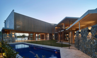 This Minimal Waterfront House Is the Perfect Example of Inside-Outside Living