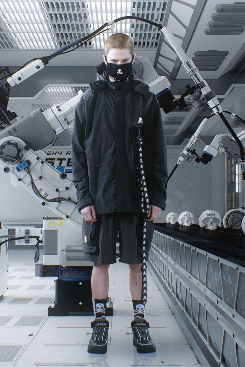 """mastermind JAPAN & C2H4 Debut Sci-Tech-Inspired """"TX-074"""" Collection"""