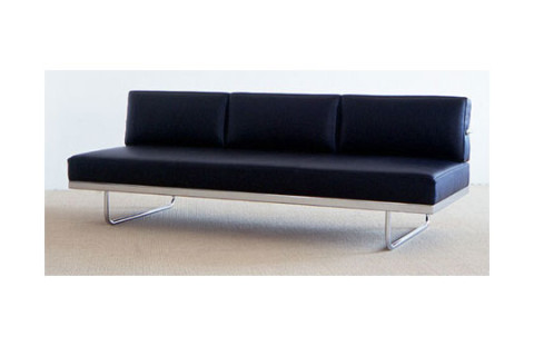 Le Corbusier LC5.F Sofa | Cassina Reissue | Highsnobiety