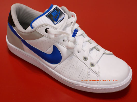 nike tennis shoes rebel