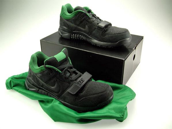 wholesale dealer 0421e 19554 Nike Dunk Trainer Low Hybrid x Wieden + Kennedy Nike x Wieden + Kennedy  25th Anniversary Sneaker Highsnobie ...