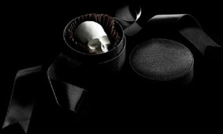 "D.L. & Co. ""Mori Ex Cacao"" Chocolate Skulls"