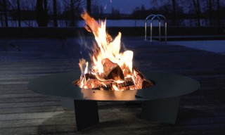 Radius Design Fireplate