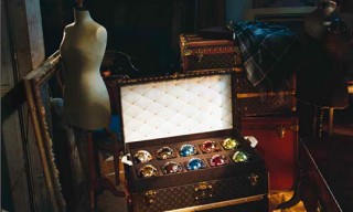"Louis Vuitton ""Noel"" Christmas Brochure 2010"