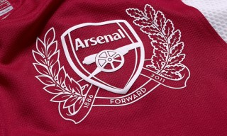 Arsenal FC 125th Anniversary Kit