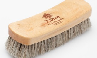 Alden Horsehair Brush