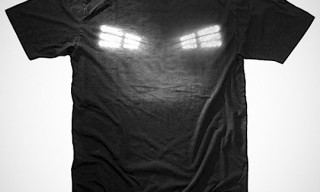 Bumpy Pitch – Floodlight Graphic Tee