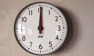 Watch | 1960's IBM Clock – In Action!!