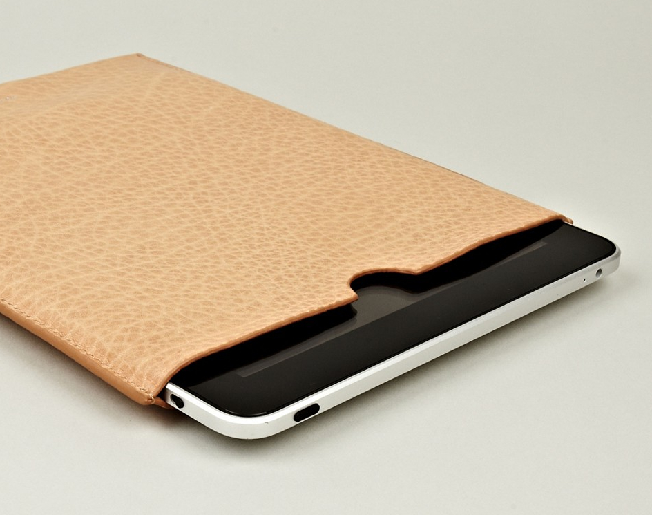 Acne Melanite ipad