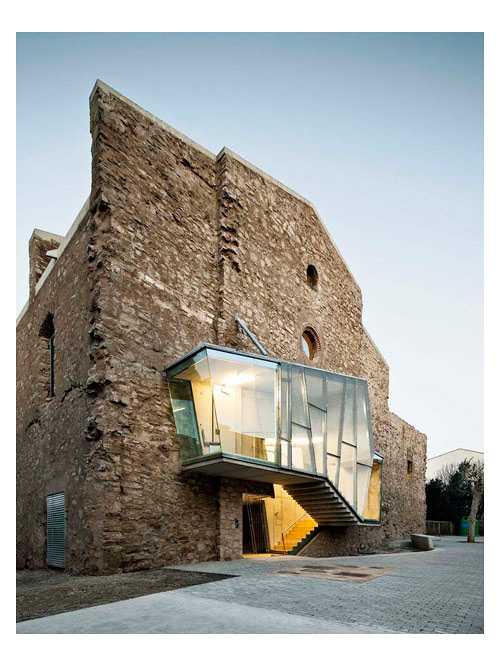 covent-de-st-francis-auditorium-dezeen_Convent-de-Sant-Francesc-by-David-Closes_3a