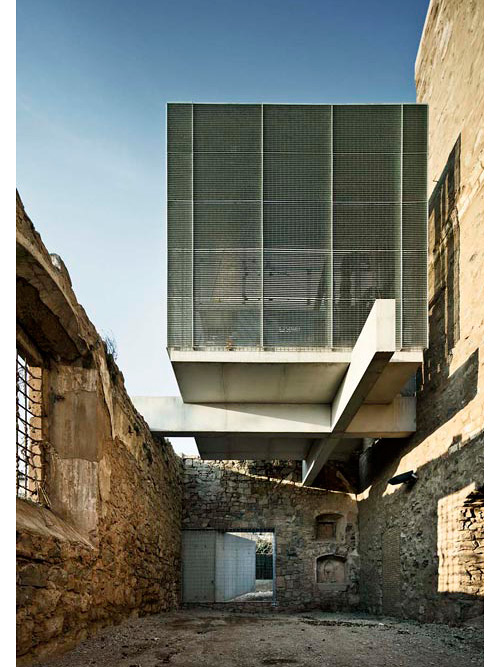 covent-de-st-francis-auditorium-dezeen_Convent-de-Sant-Francesc-by-David-Closes_4