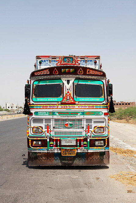 Horn Please - Photography from the Indian Highway