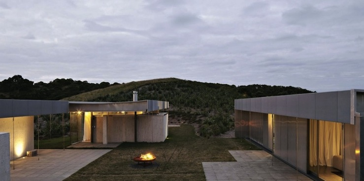 island-retreat-fearon-hay-architects-0