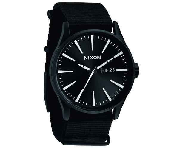 Nixon-black-6